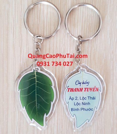 in-moc-khoa-nhua-deo-tai-TPHCM