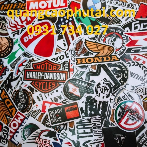 xuong-in-moc-khoa-sticker-logo-gia-re